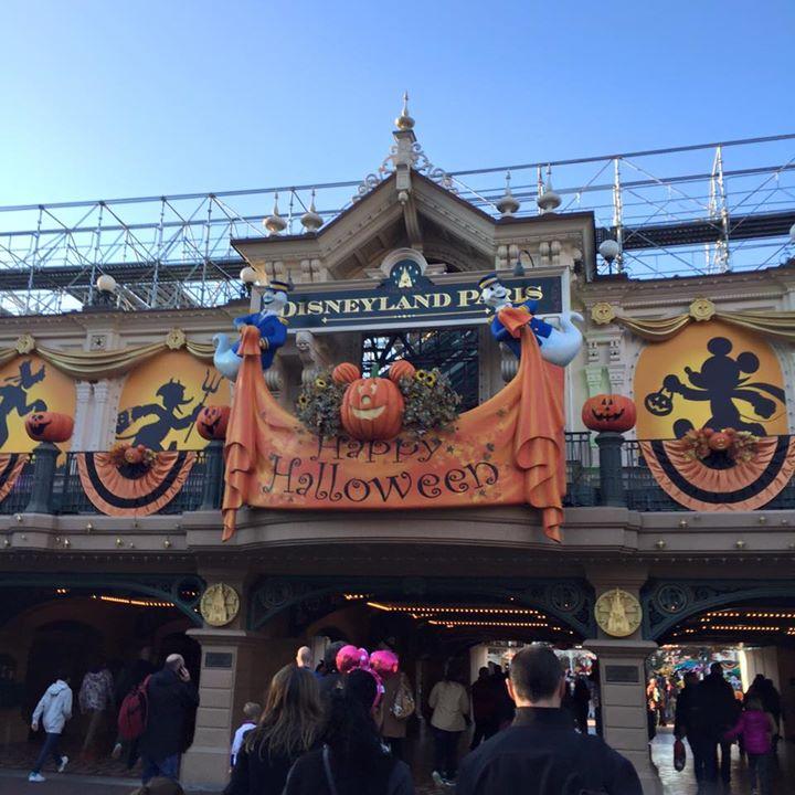 [Saison] Le Festival Halloween Disney (du jeudi 1er octobre au 1er novembre 2015) - Page 25 12208310
