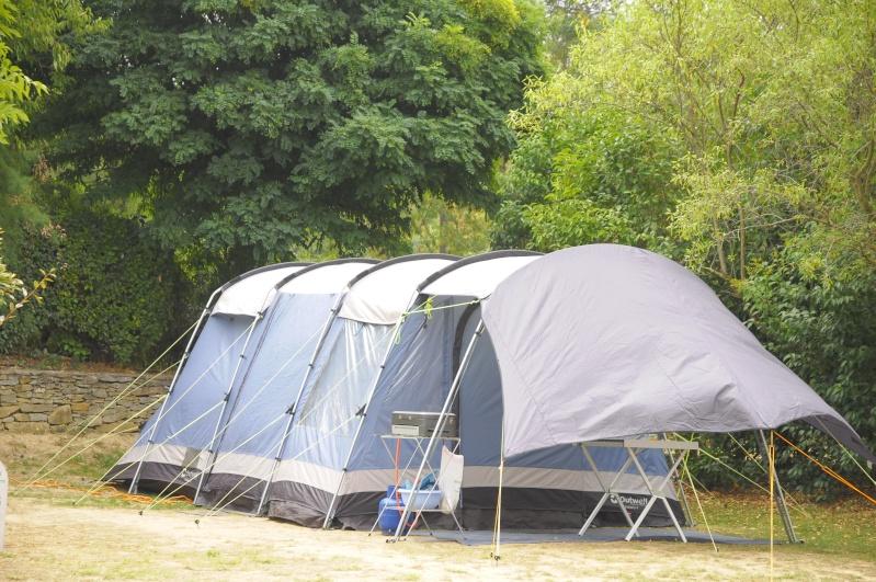 CHAMONIX - tentes vues cette année au camping _dsc5811
