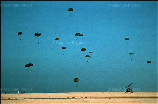 Parachutistes Militaires Marocains / Moroccan Paratroopers - Page 2 Par36010