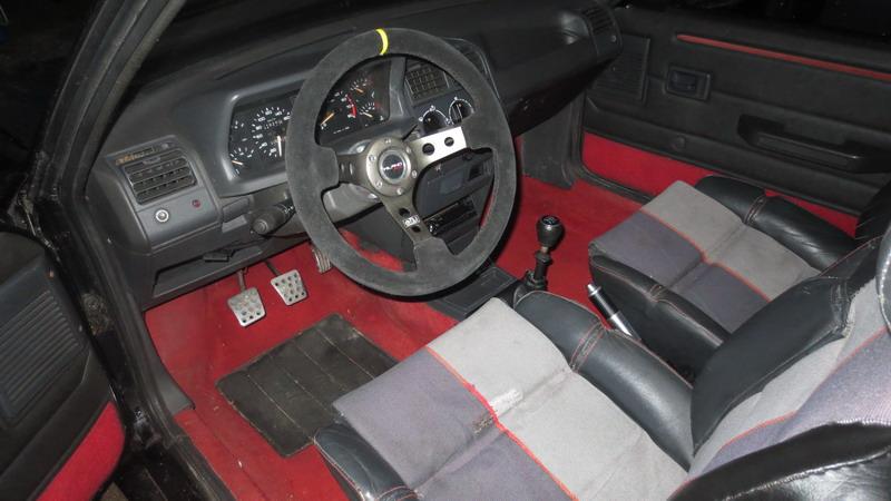 [T3C3T]  205 GTI 1L9 - 1900 - Noir onyx - 1989 Img_0417