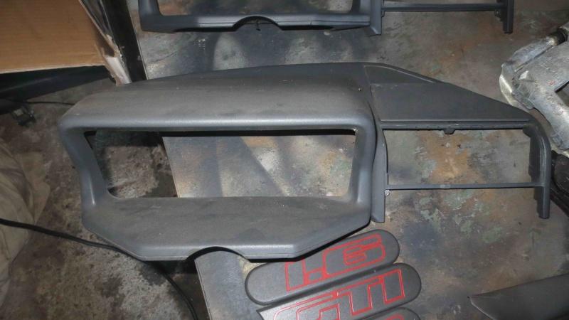 [T3C3T]  205 GTI 1L9 - 1900 - Noir onyx - 1989 Img_0428