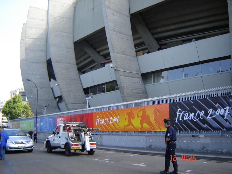 Stades vus de l'extérieur - Page 3 France12