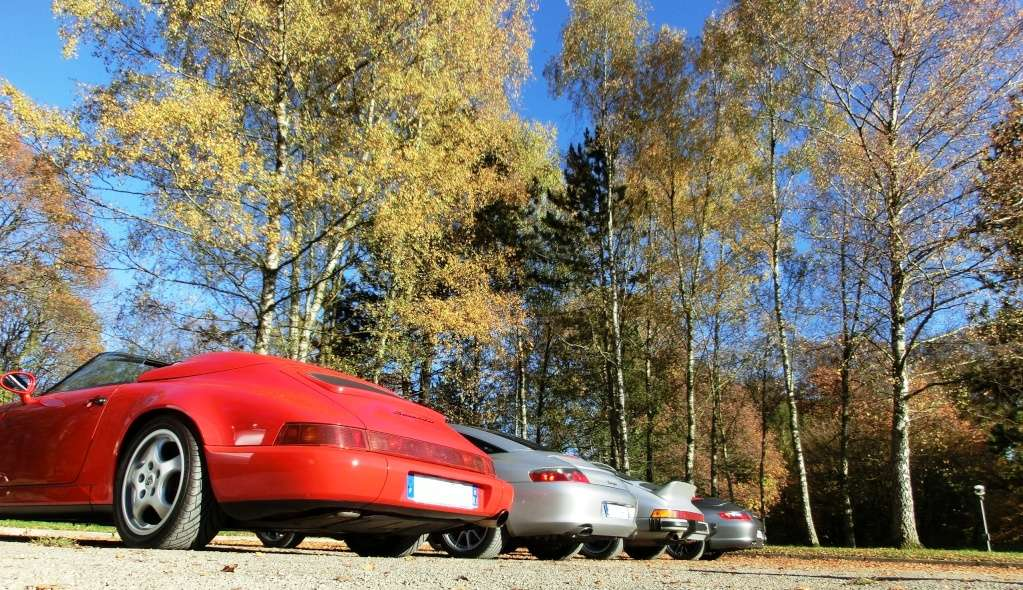 Porsche en automne - Page 2 Cimg3711