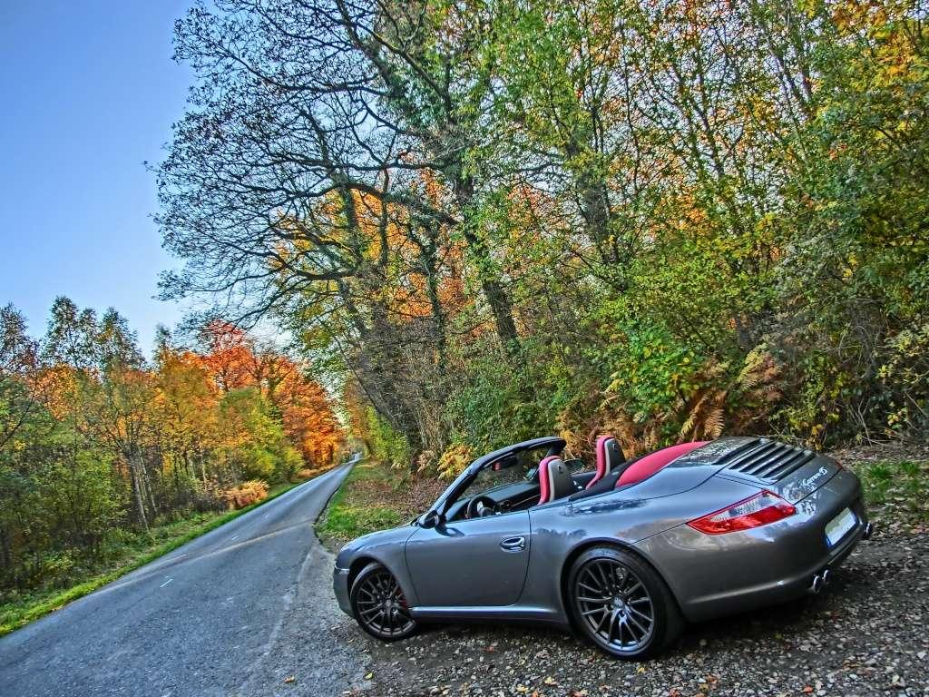 Porsche en automne - Page 4 Cimg3715