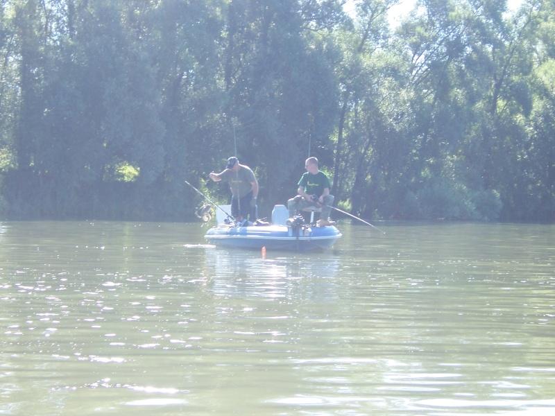 Vacances et pêche au bord de la Dordogne 100_3252