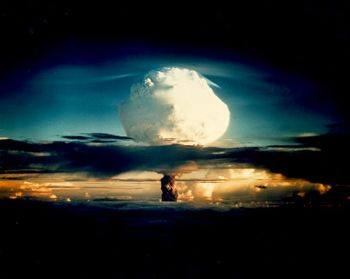 Bombe H Bombe_10