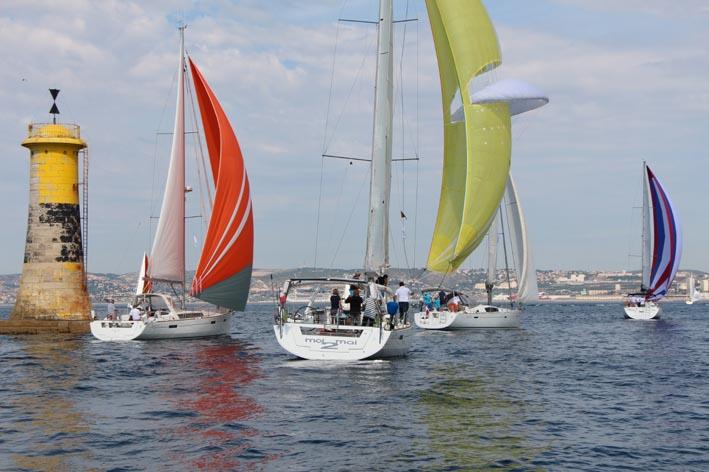 Résultats et reportage photos/vidéos de la deuxième Océanis Med 2015 - Page 2 Img_7015