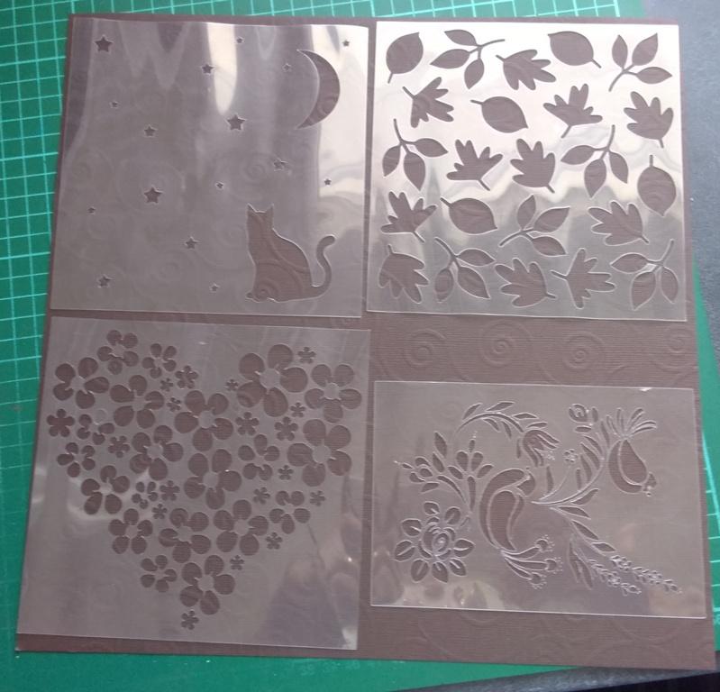 Fabrication pochoirs - Page 2 10-9-210