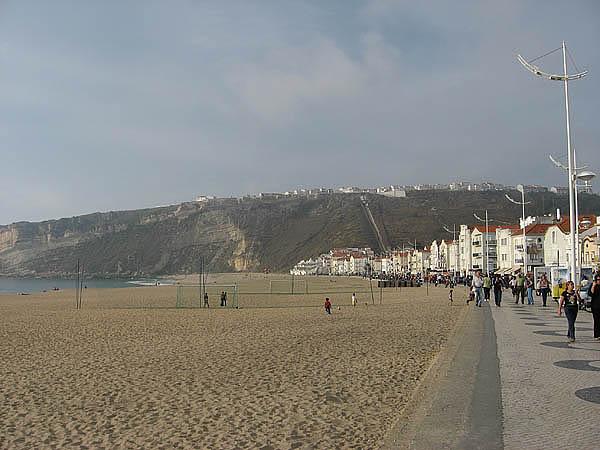 Grutas de Mira de Aire e muitas praias 1710