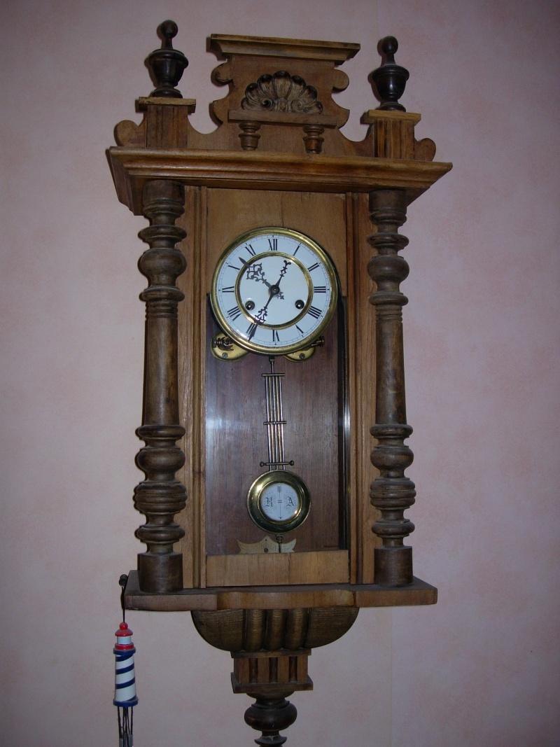 Au delà des montres avez-vous d'autres passions horlogères ? Dscn2510