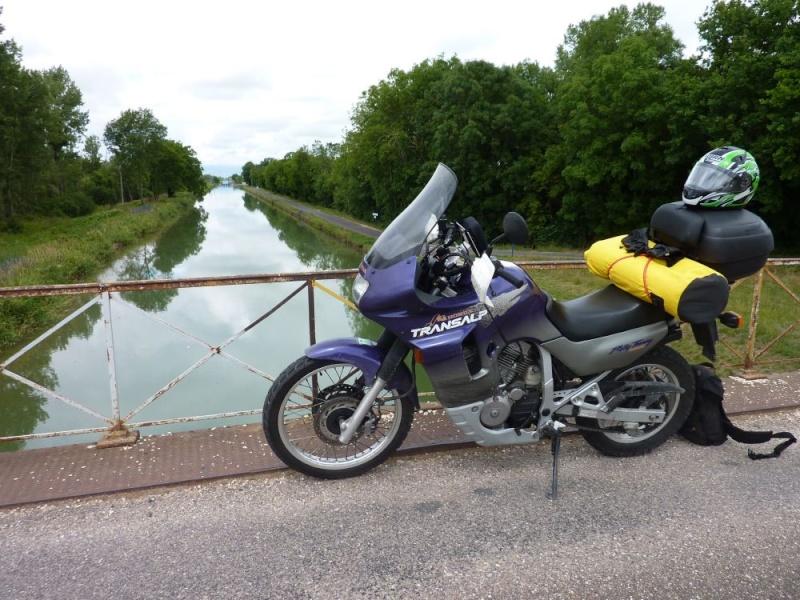 Vos plus belles photos de motos - Page 4 Aap10112
