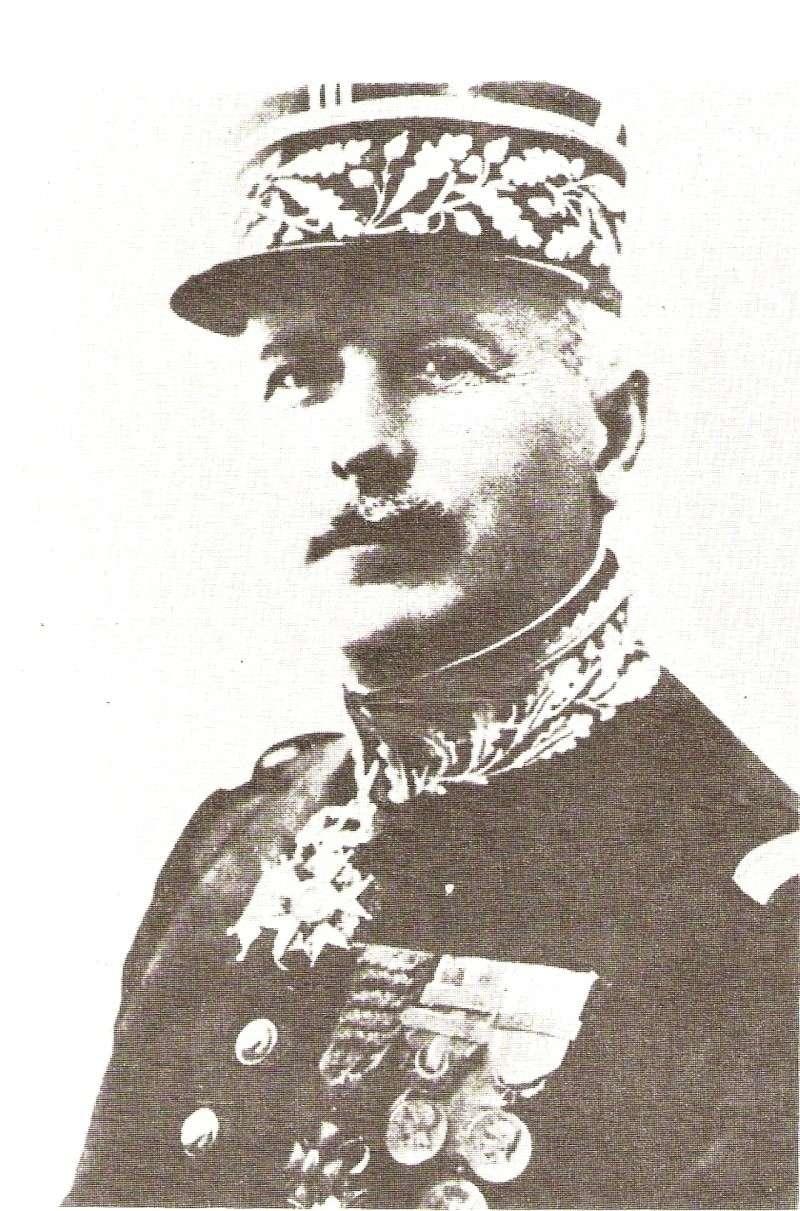 Général Frère Frere10