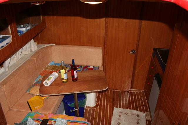 SEA RAY 300DA Img_4511