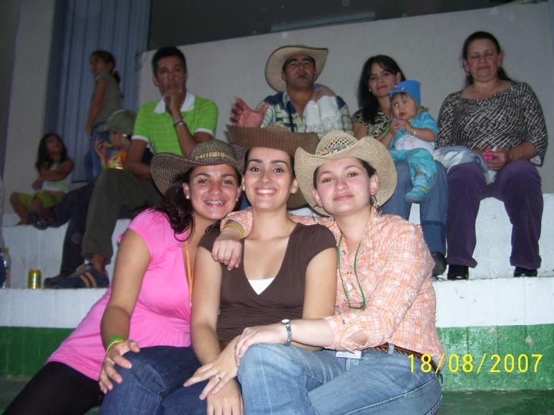 FOTOS DE AMIGOS Y FAMILIARES DE LOS MIEMBROS DEL FORO 000_0626