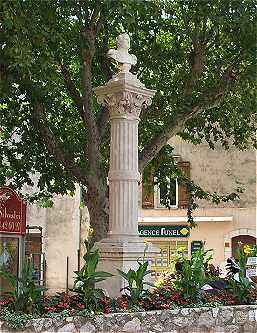 ST VALLIER DE THIEY   °Chapelle Sainte Luce ° Stvall10