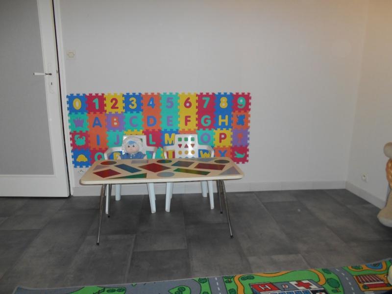 Salle de jeux  chez l'assistante maternelle Dscn0013