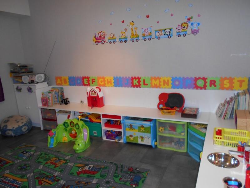 Salle de jeux  chez l'assistante maternelle Dscn0015
