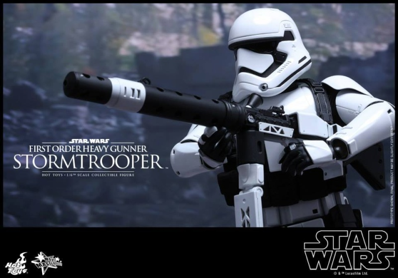 Hot Toys Star Wars  Heavy Gunner Stormtrooper 1/6  10402910