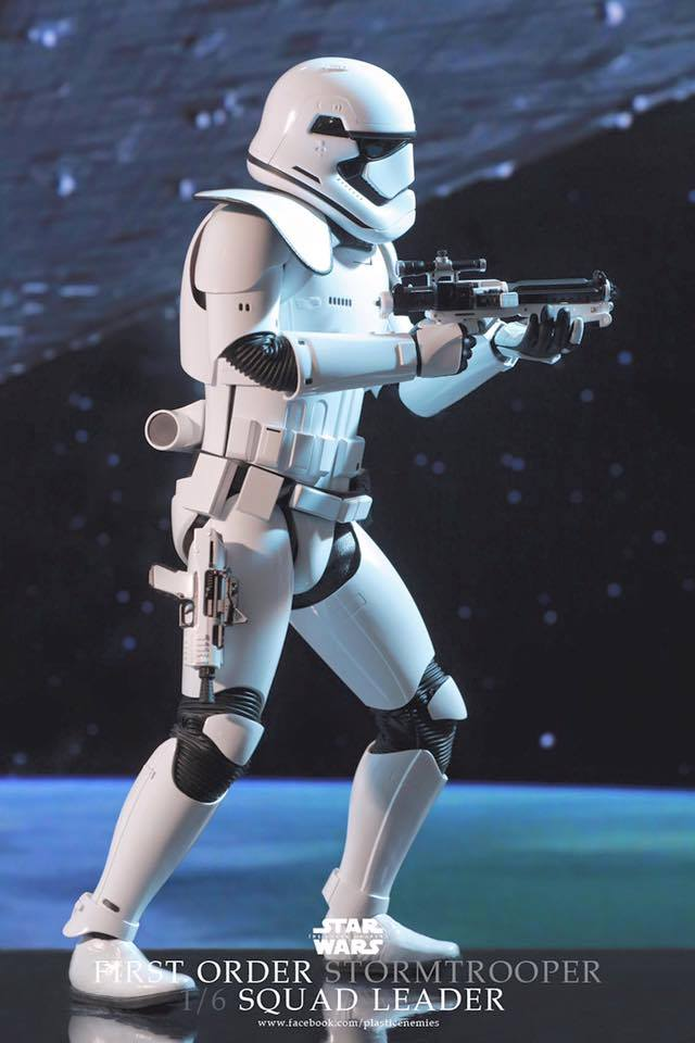Hot Toys Star Wars First Order : Stormtrooper Squad Leader 11899710