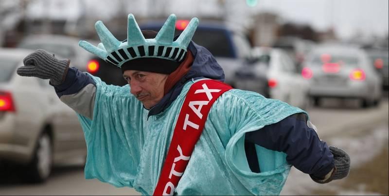 STREET VIEW : Lady Liberty fait du prosélytisme (ou de la pub) sur les trottoirs du Queens Ar-70210