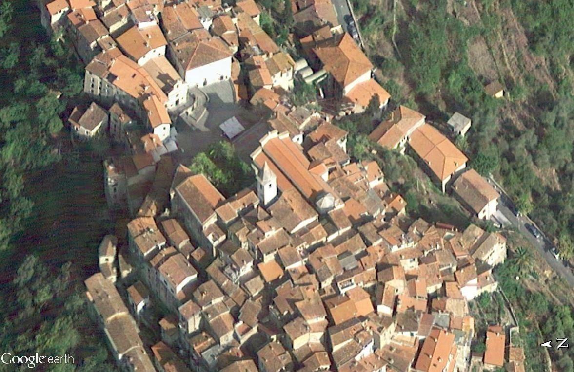 Apricale, le plus beau village d'Italie Eglise10