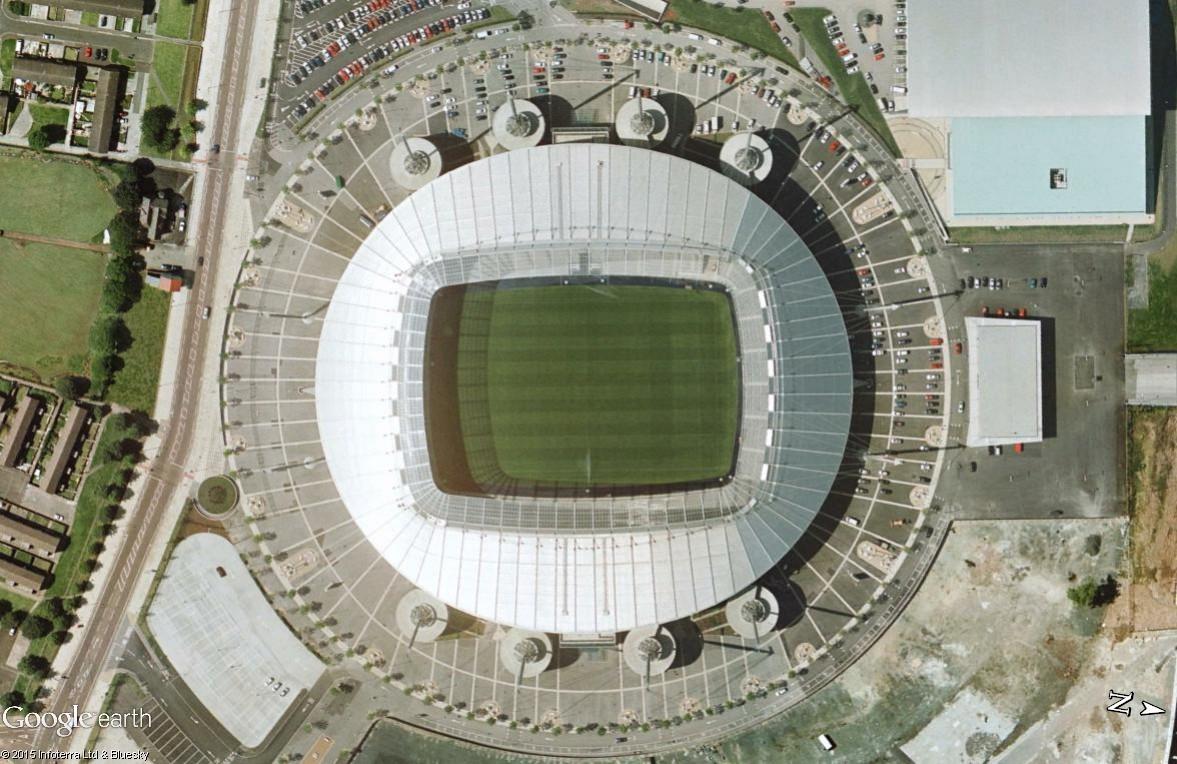 Google Maps s'invite au match de foot entre Manchester City et Manchester United Foot10