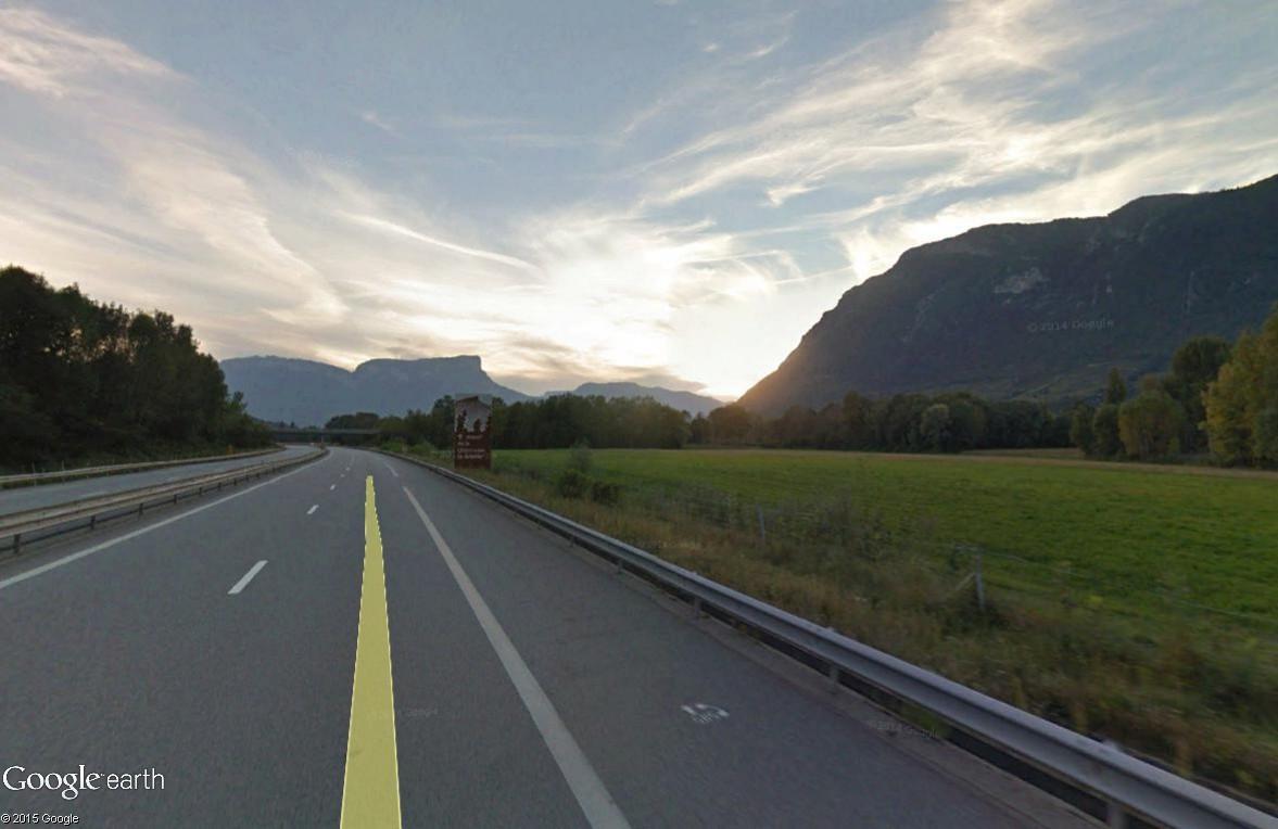 Panneaux touristiques d'autoroute (topic touristique) - Page 3 Granie11
