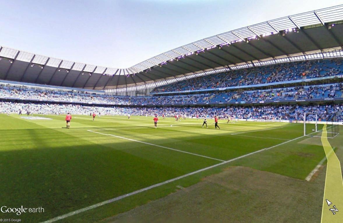 Google Maps s'invite au match de foot entre Manchester City et Manchester United Stade_10