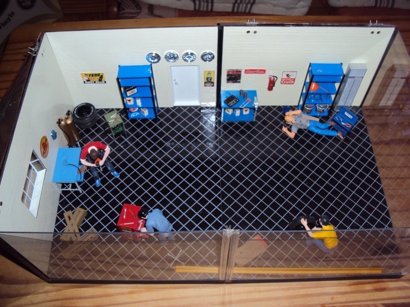 Vends diorama garage à restaurer ou cannibaliser Dsc00132