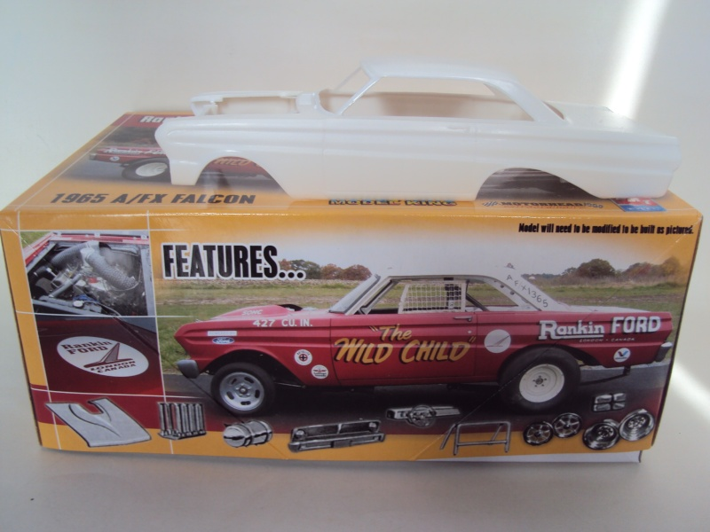 "#11 : Ford Falcon dragster ""the Wild Child"" [TERMINE] - Page 2 Dsc00148"