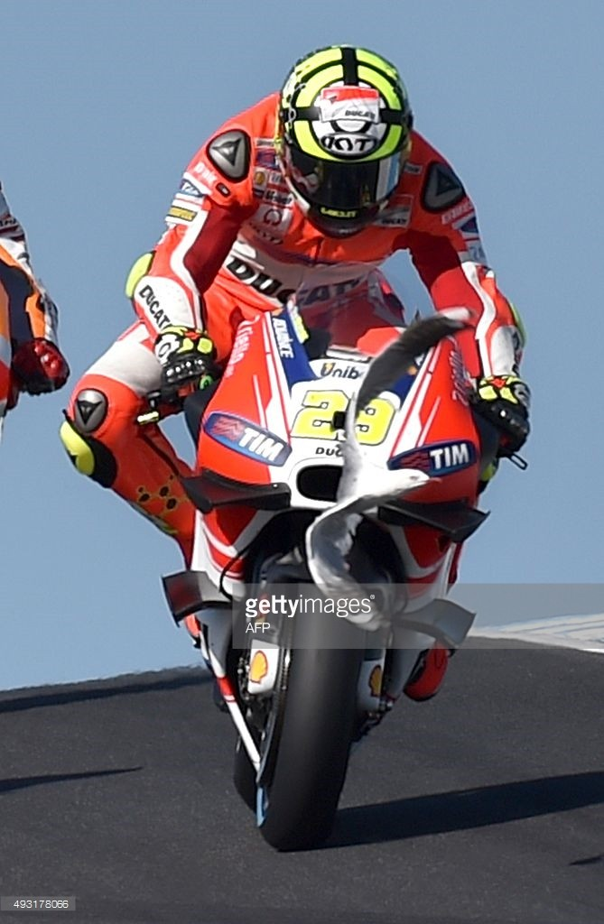 Moto GP Saison 2015... - Page 4 49317810