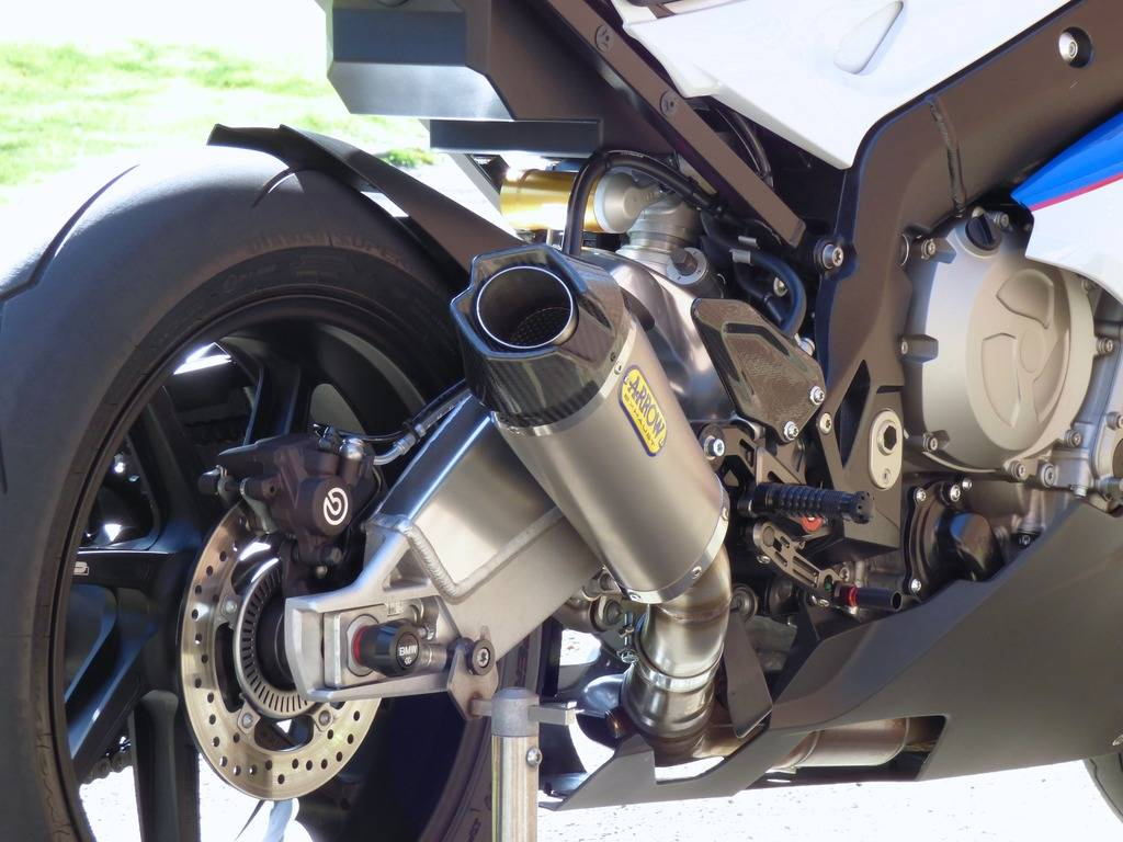 BMW S1000RR , Hp , Hp4 race  - Page 2 P1020610