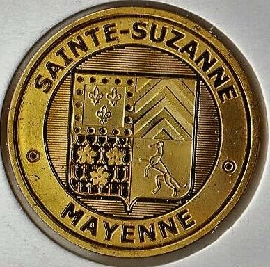 Sainte-Suzanne-et-Chammes (53270) Suzann11