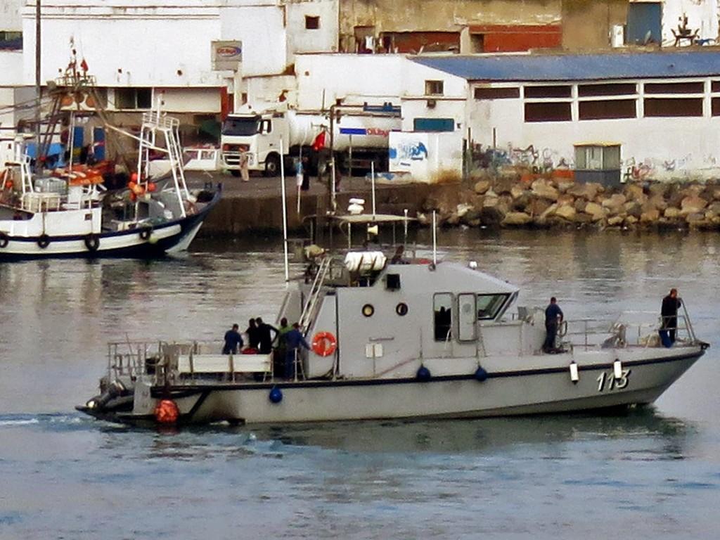 Moroccan Law Enforcement & Cost Guard Fleet / Vedettes de Surveillance et les Gardes des Côtes - Page 5 Clipbo27