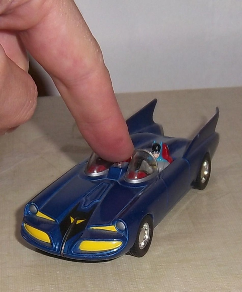 Gamme Batmobiles CORGI 2005 1:43ème 1960bl13