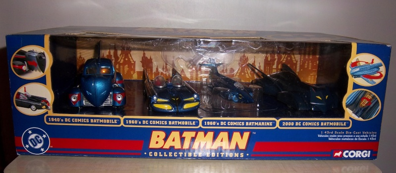 Gamme Batmobiles CORGI 2005 1:43ème Coffre11