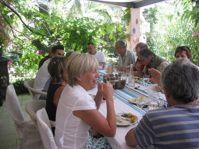 20 juin 2011 Rencontres en petit comité Img_2917