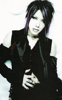 Aoi (The GazettE) 0aoi10