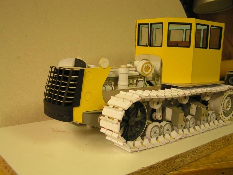 Kettentraktor T180-G  M1:20 gebaut von Klebegold - Seite 3 129k11