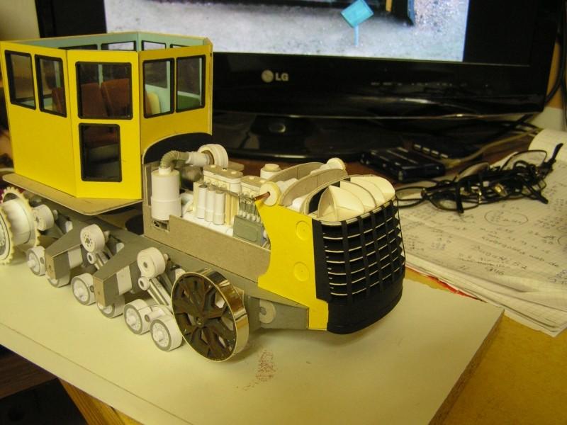 Kettentraktor T180-G  M1:20 gebaut von Klebegold - Seite 3 140k11