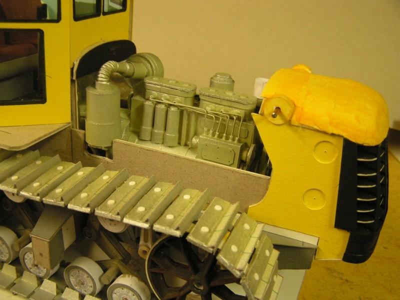 Kettentraktor T180-G  M1:20 gebaut von Klebegold - Seite 3 145k11