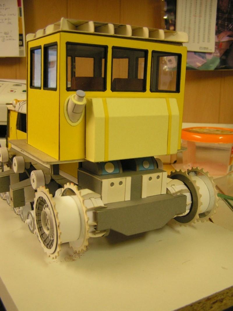 Kettentraktor T180-G  M1:20 gebaut von Klebegold - Seite 3 152k10
