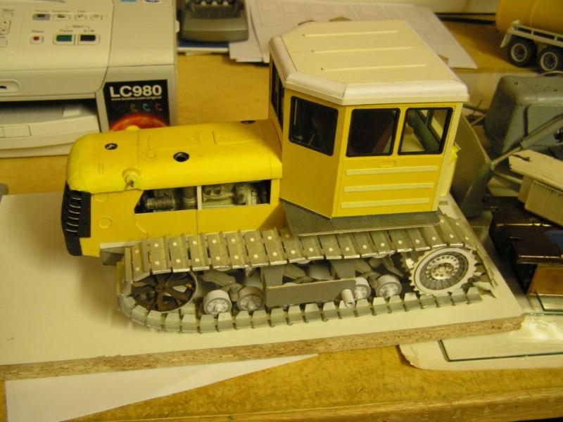 Kettentraktor T180-G  M1:20 gebaut von Klebegold - Seite 3 159k11