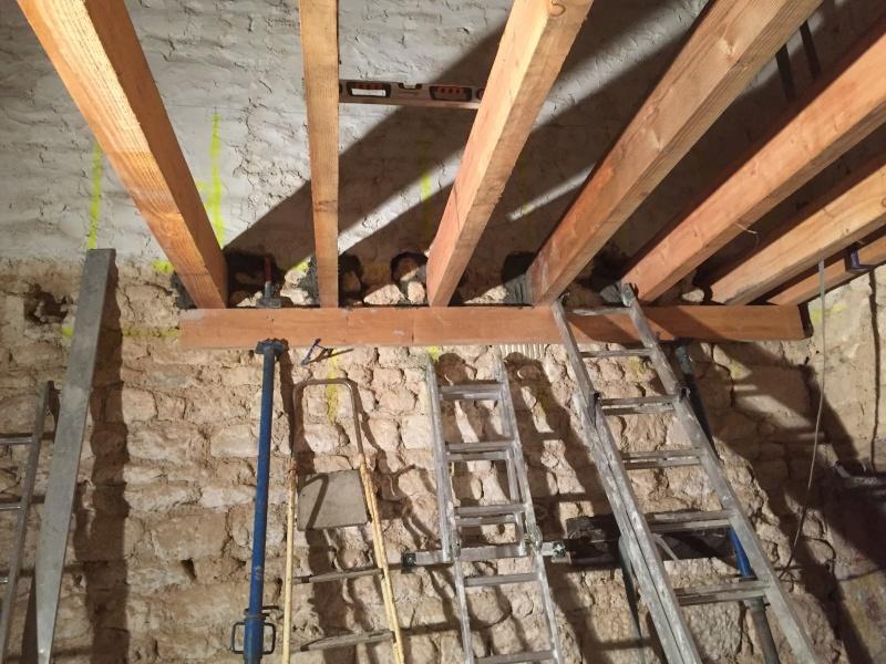 Restauration de toute une partie de la maison - Page 2 2015-023