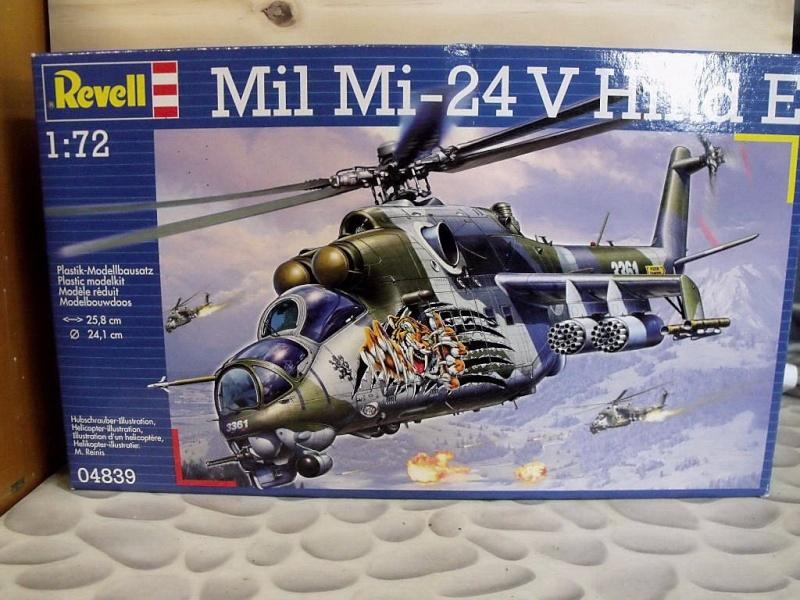 REVELL Mil MI-24 v Hind E au 1/72 Milmi210