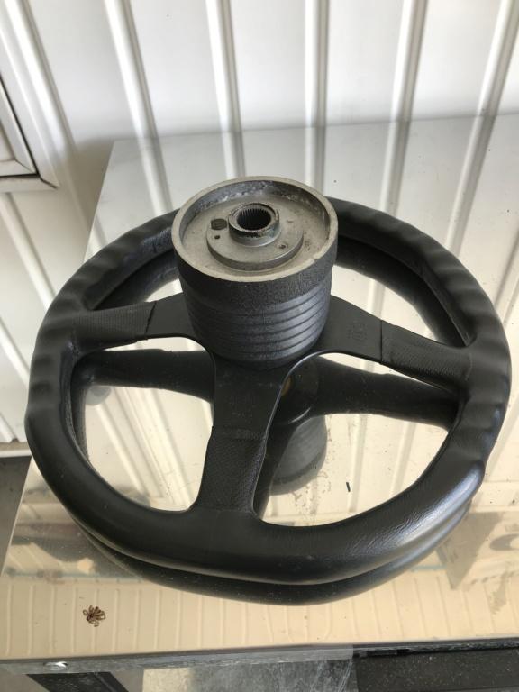 steering MOMO Img_4321
