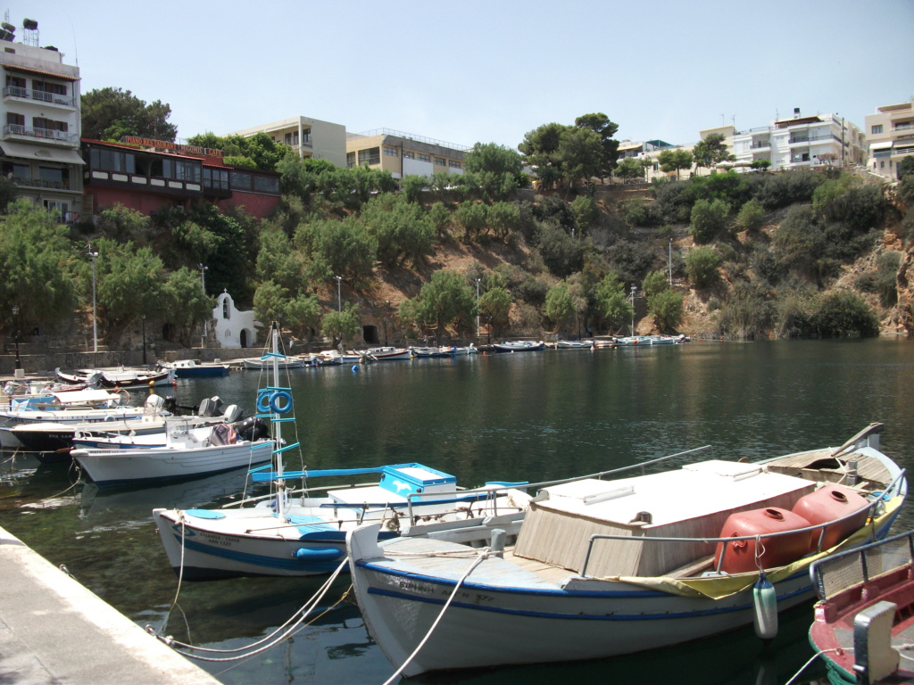 Where in Greece? - Page 7 Boats10