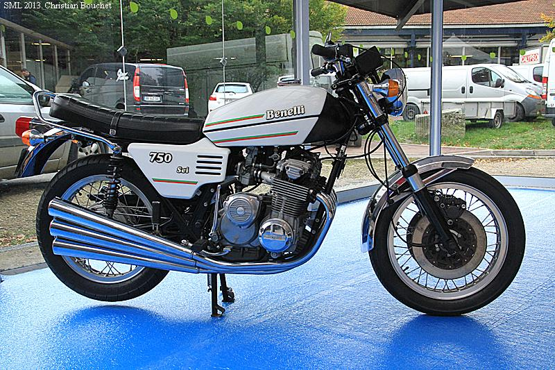 EXPO 6 Cylindres - salon Moto Legende 2015  Sml_2210