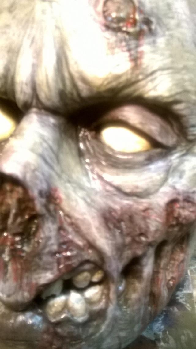 un petit zombie pour la route ??? Wp_20110