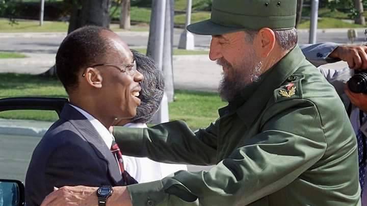 Le coup de main du président Aristide , à l'affiche bientôt !  - Page 2 10609410